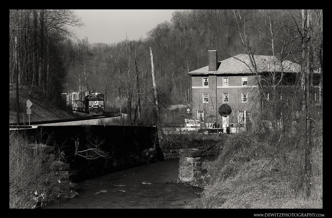 Elkhorn Inn - Landgraff WV