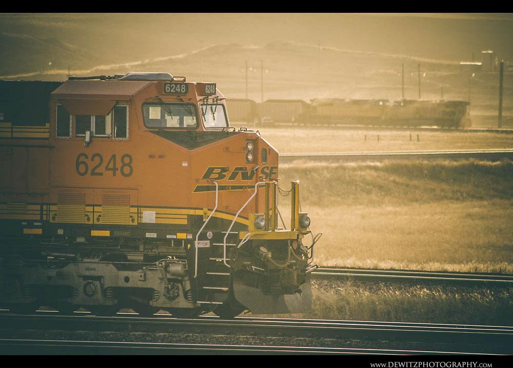 232BNSF Coal Train on Loop Track