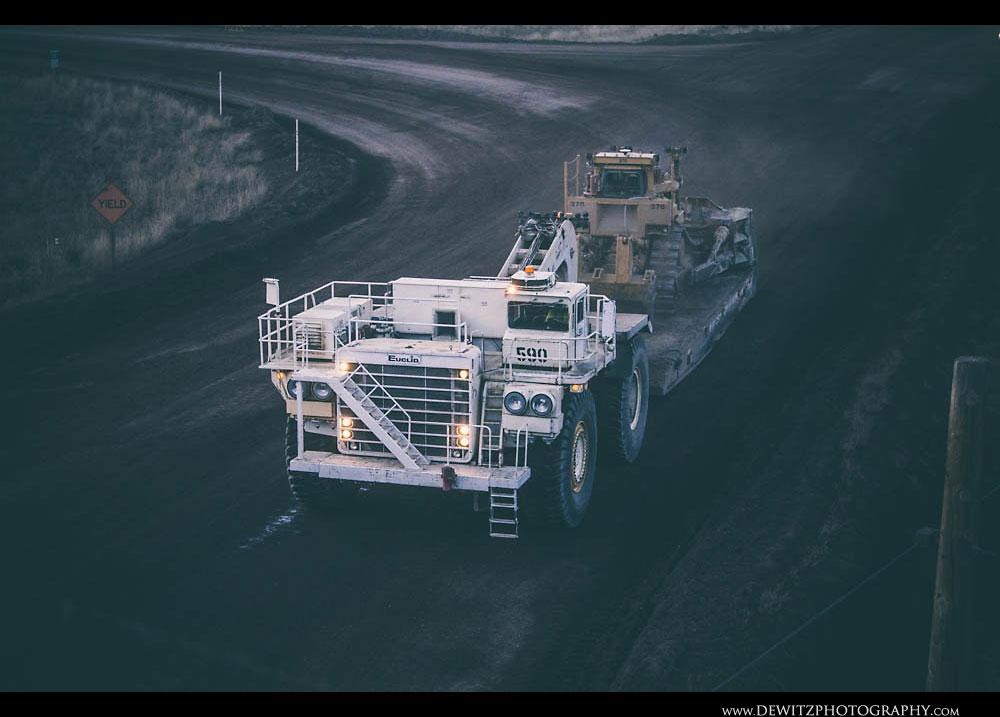 320Large Haul Truck Tows Huge Coal Bulldozer