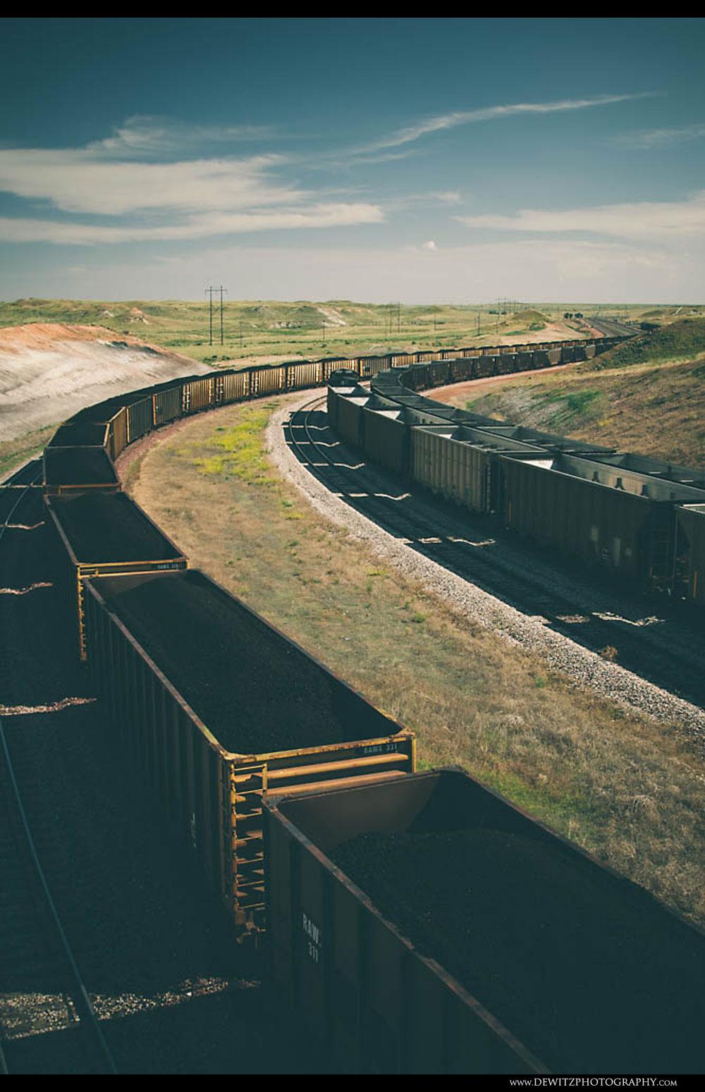 337Coal Trains Sit at Antelope Mine
