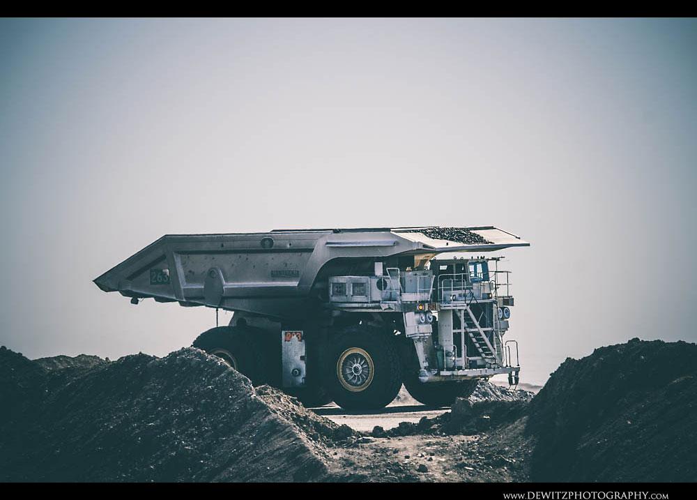 353263 Haul Truck in Wyoming Basin