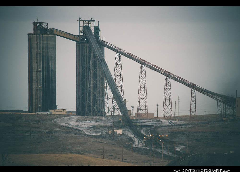 94Coal Silos of Antelope Mine