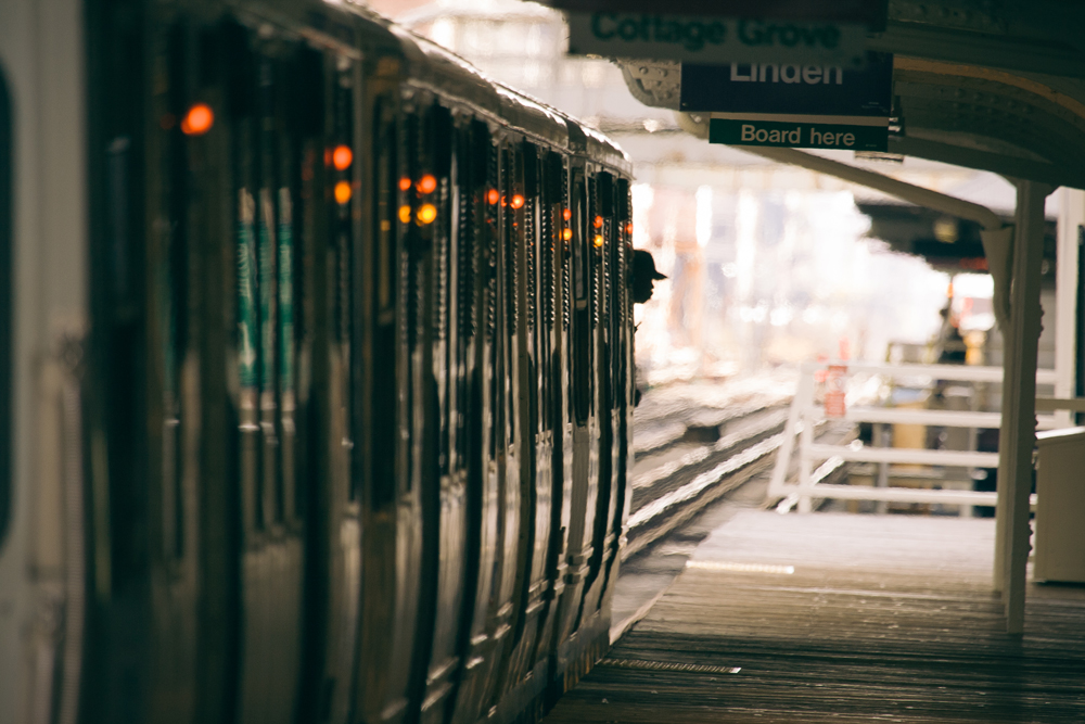 12Chicago Transit Authority L Train092