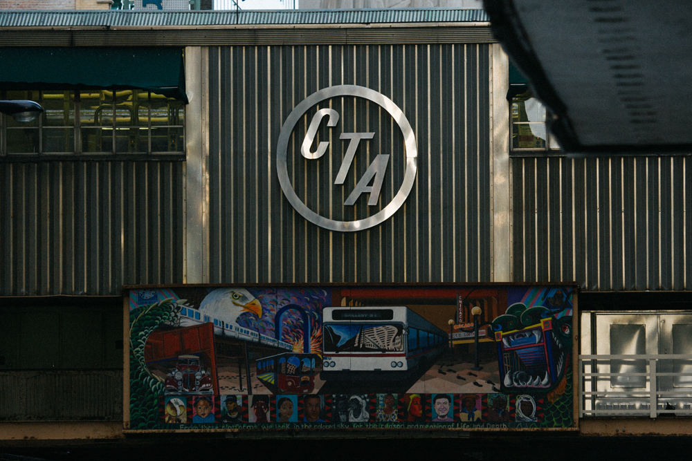 28Chicago Transit Authority L Train044
