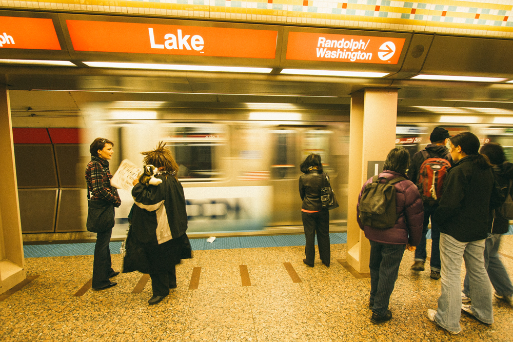 50Chicago Transit Authority L Train132