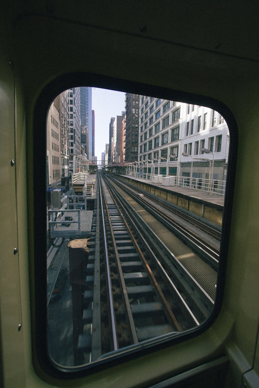62Chicago Transit Authority L Train074