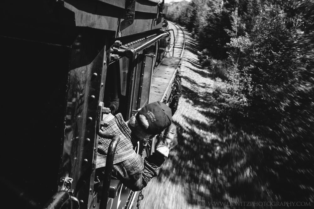 61soo_2719_engineer_looks_around_curve_at_track_speed
