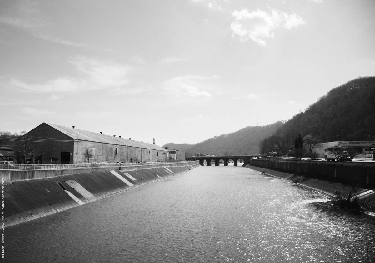 cambria-iron-works-conemaugh-river-pennsy-arch-bridge-johnstown-pa-3456