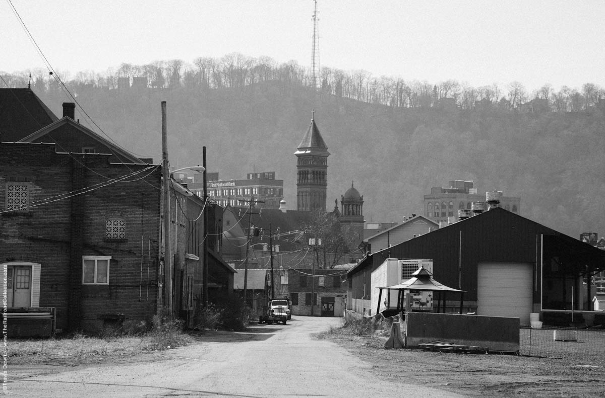 church-tower-alley-johnstown-pa-3551
