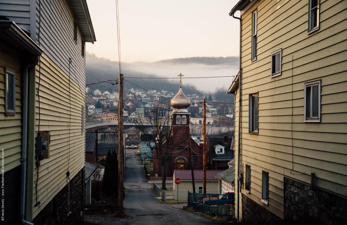 foggy-dawn-church-alley-east-conemaugh-pa-3120
