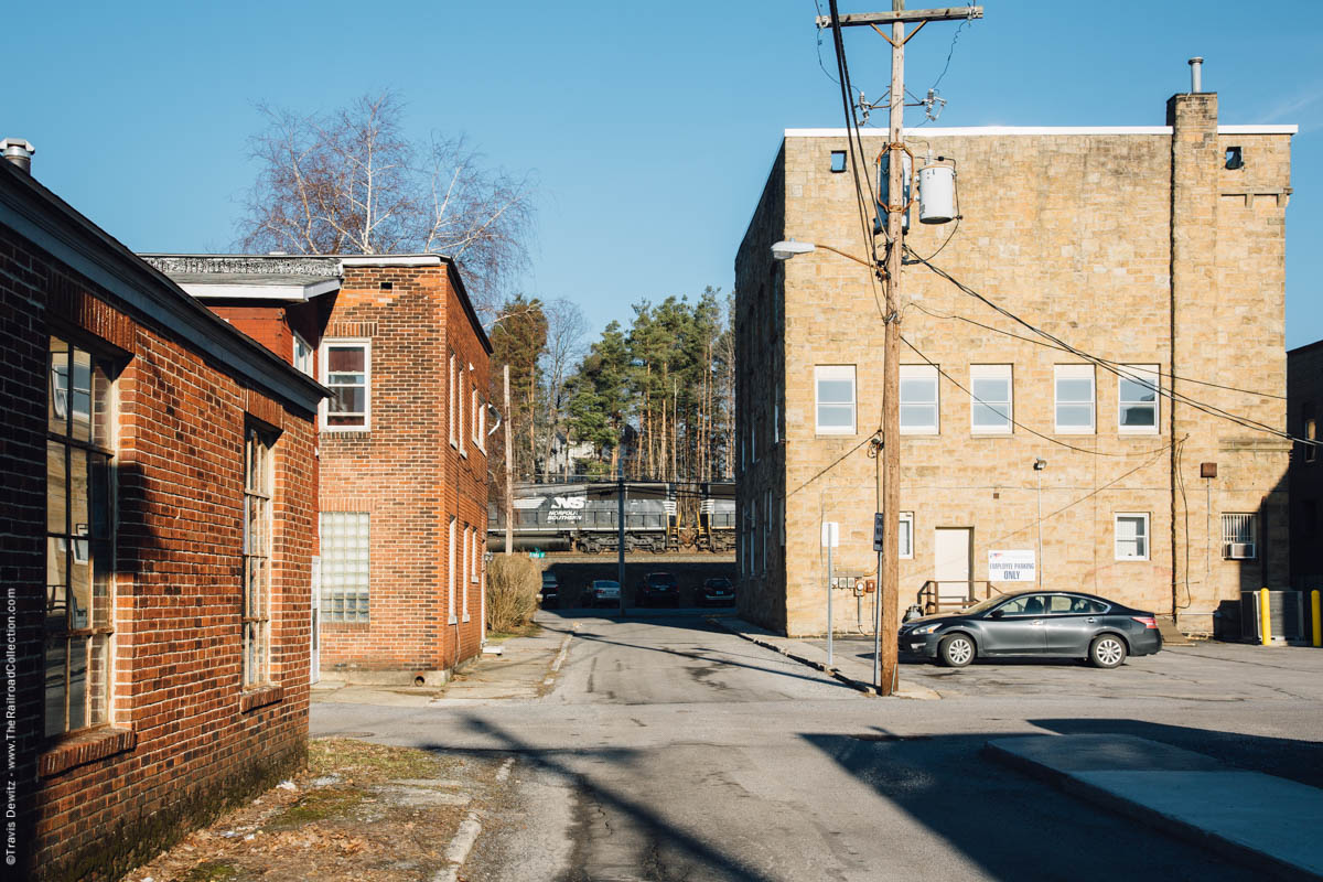 ns-6302-alley-way-historic-buildings-cresson-pa-3209