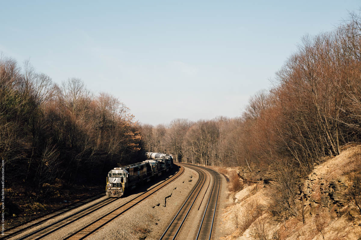 ns-6302-morning-light-curve-west-slope-cresson-pa-3226