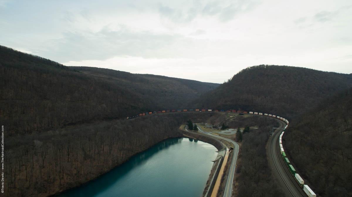 ns-intermodal-train-aerial-horseshoe-curve-altoona-pa-0086