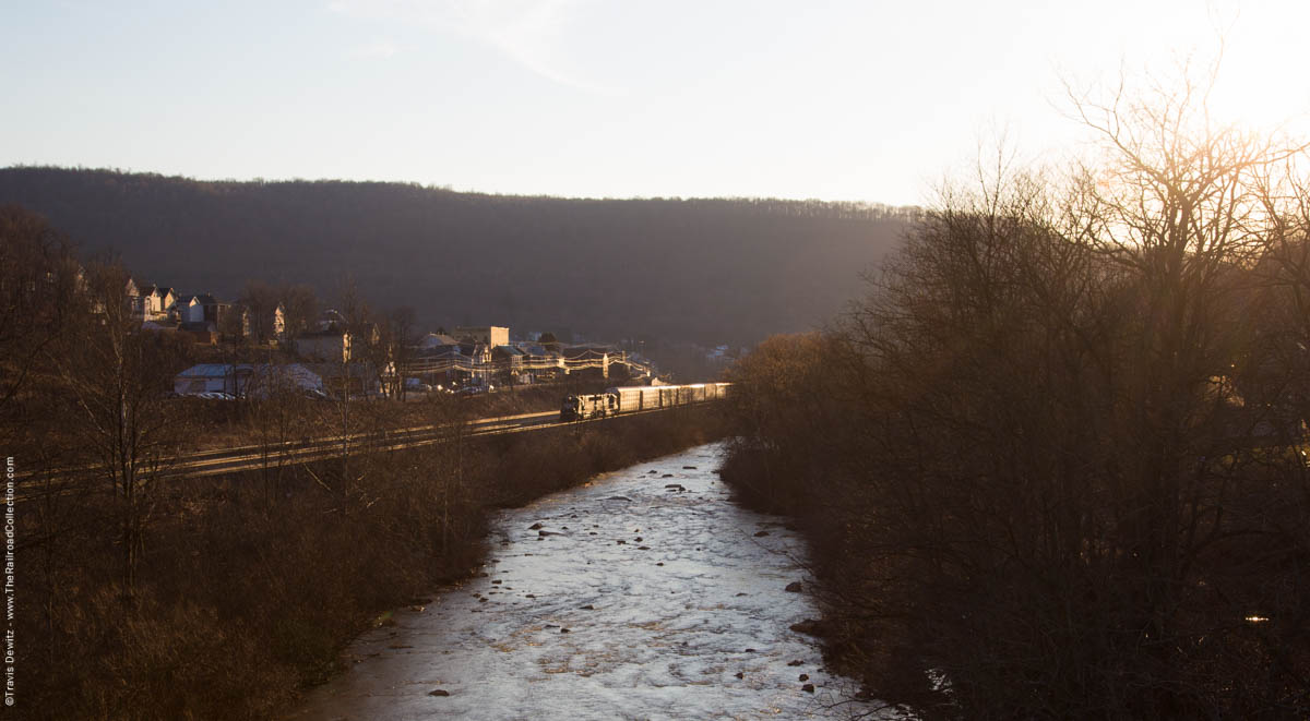 ns-sunset-conemaugh-river-autorack-south-fork-pa-3692