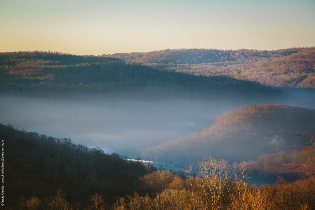 ns-tank-train-sunrise-mountains-mineral-point-pa-3160