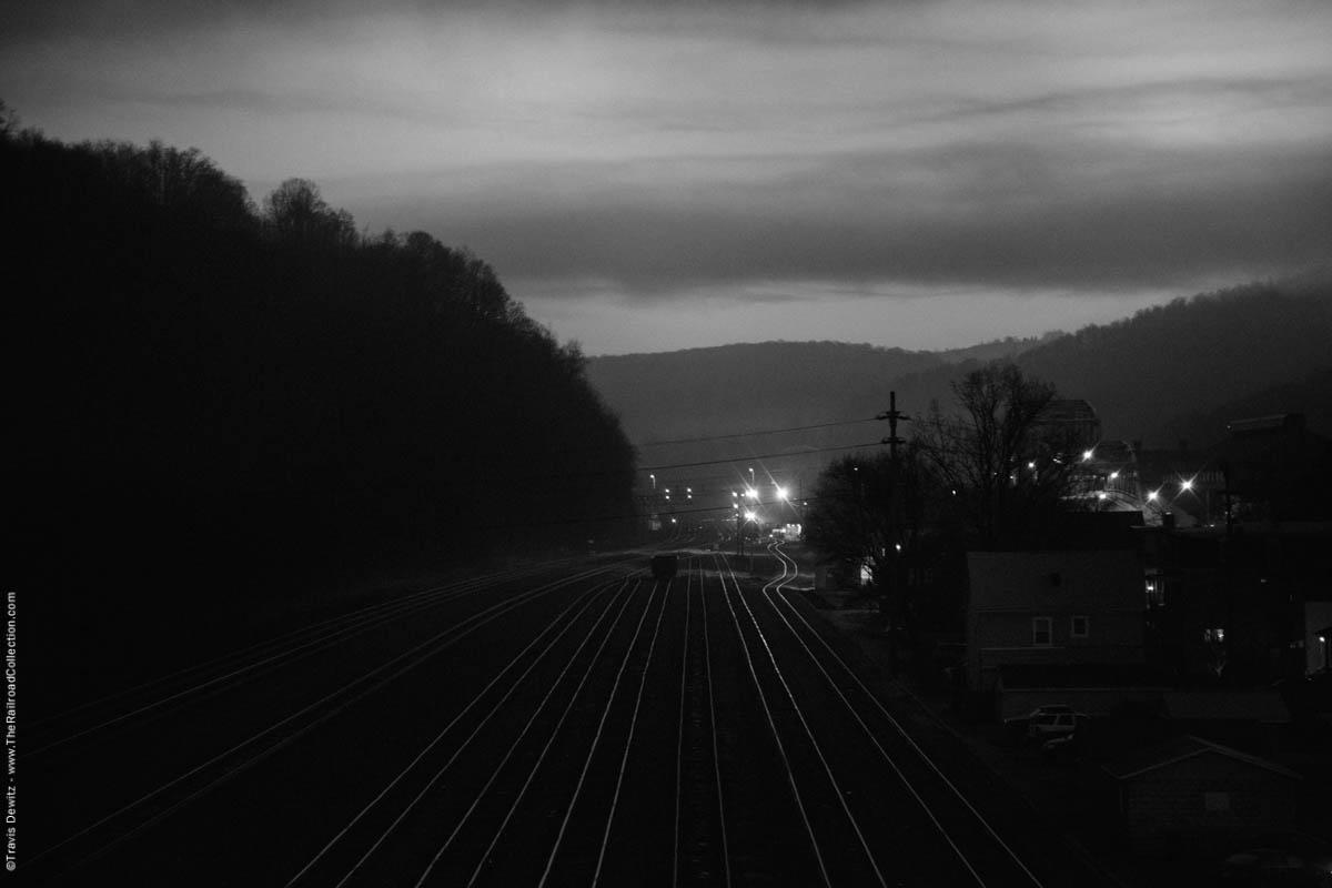 ns-woodvale-yard-dawn-woodvale-pa-2994