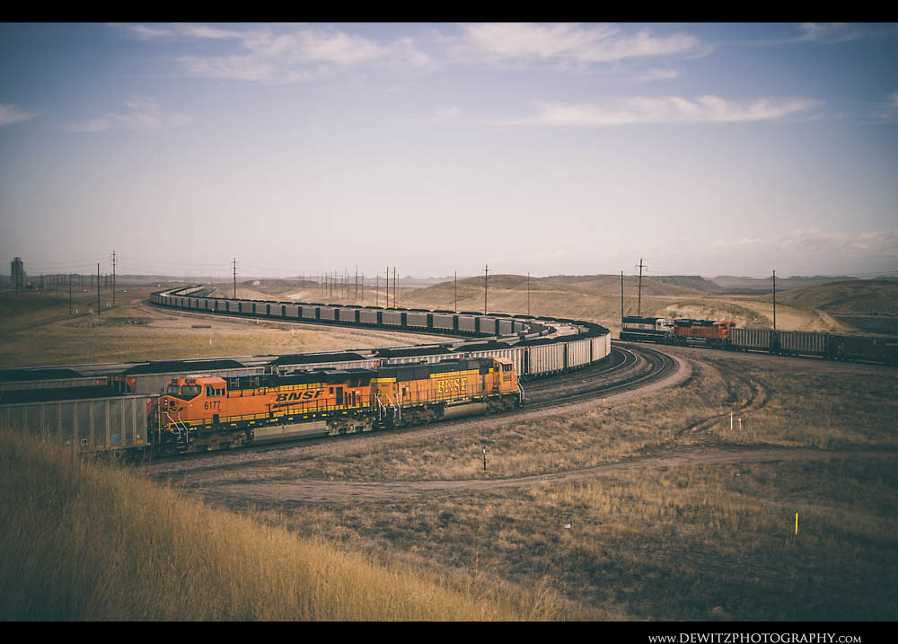 208BNSF Trains Meet at Black Thunder mine