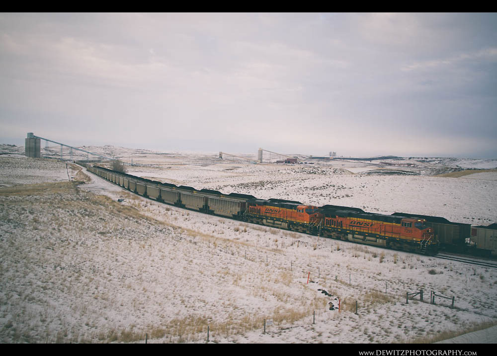 249BNSF Coal Trains Serve the Fort Union Dry Fork Eagle Butte Coal Mines North of Gillette