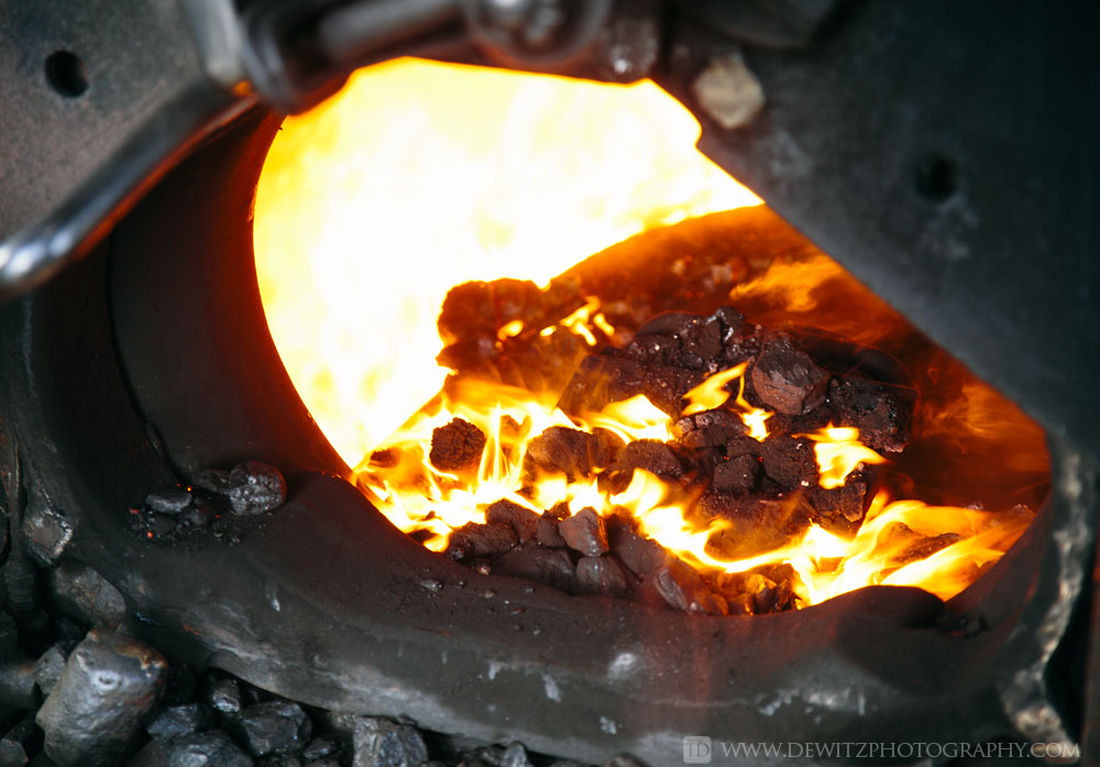 30soo_2719_white_hot_fire_coal_burning