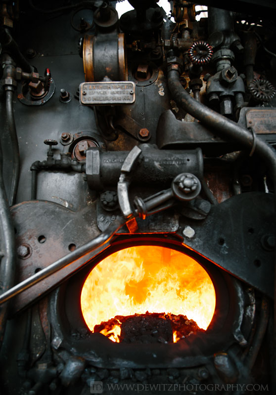 32soo_2719_back_of_the_boiler