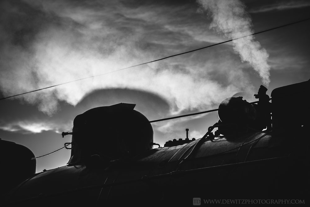 92soo_2719_shadows_in_steam