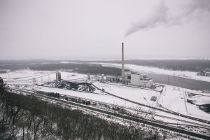 bnsf_aerial_view_alma_coal_power_plant_winter_web