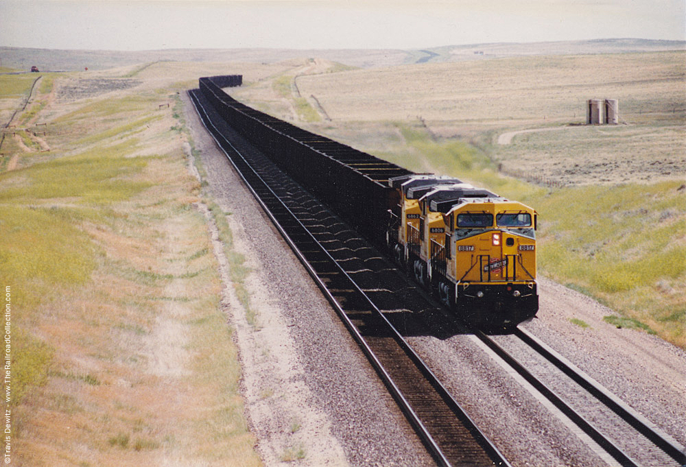 Powder River Basin CNW Lead Coal Train