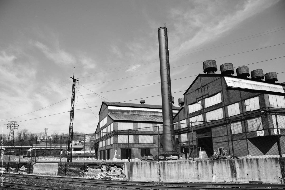 bethlehem-steel-brick-buildings-smoke-stacks-city-johnstown-pa-3352