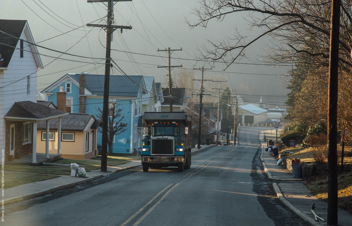 coal-truck-morning-light-summerhill-pa-3163