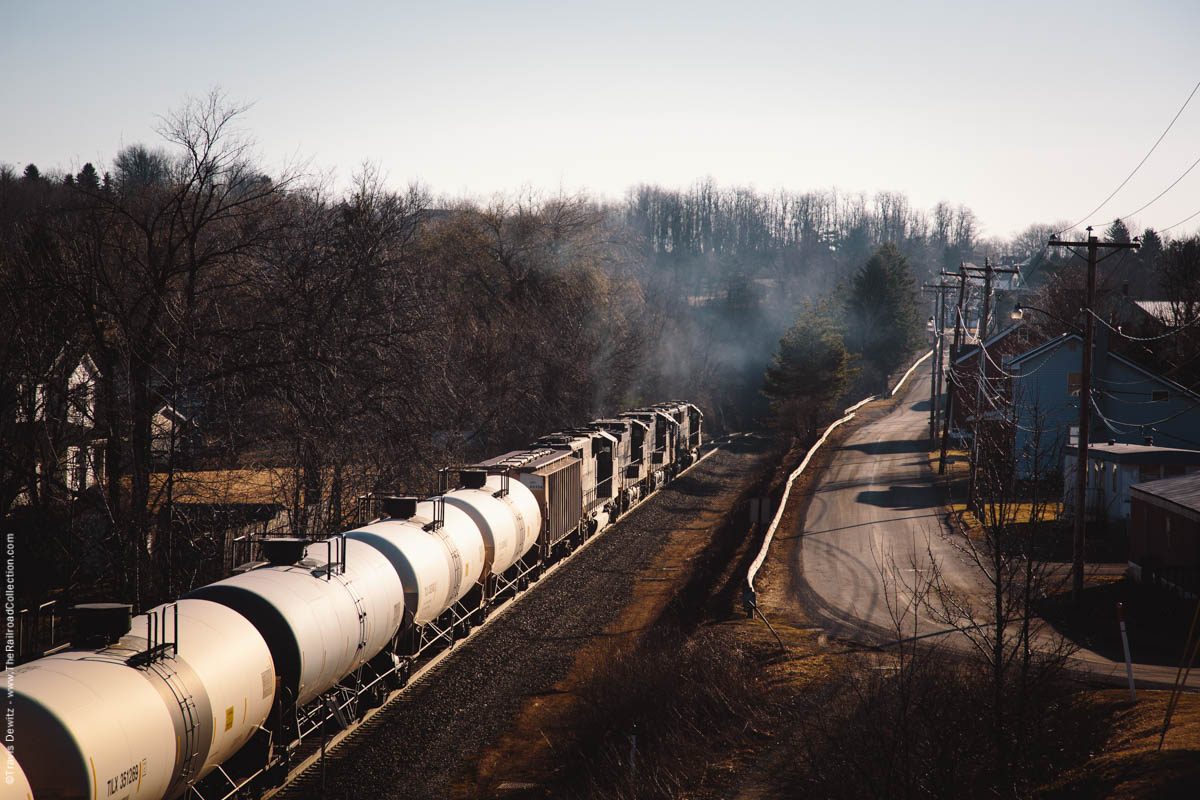 ns-6302-oil-train-mountain-railroading-exhaust-tunnelhill-pa-3241