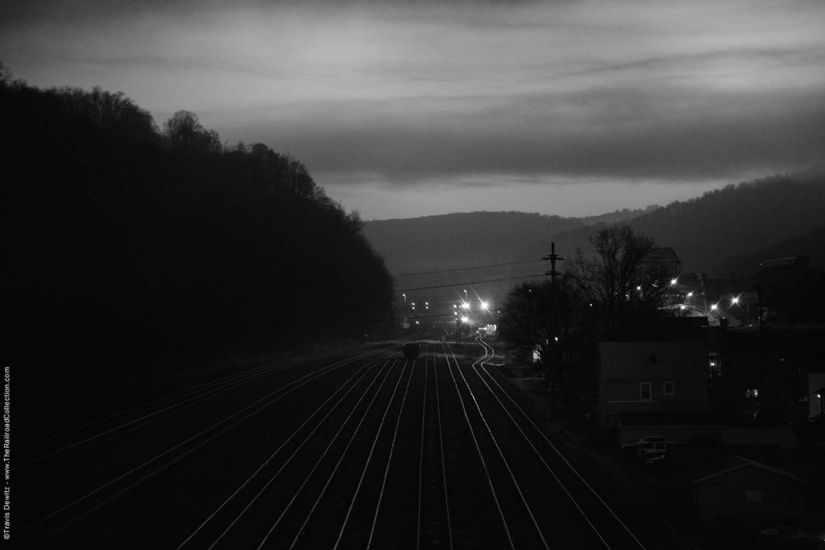 ns-woodvale-yard-dawn-woodvale-pa-2994